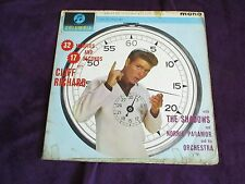 CLIFF RICHARD & THE SHADOWS 32 Minutes And 17 Seconds LP Columbia 33SX 1431
