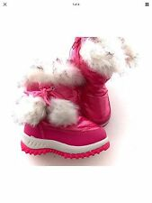 NWT toddler girl pink winter boots with furry pompom - size 4/20