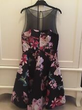 Pinko hummingbird floral robe noire années 50 taille 8