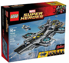 LEGO Super Heroes The SHIELD Helicarier (76042)