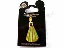 Disney * PRINCESS ANNA - FROZEN * Coronation Gown New on Card Trading Pin