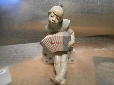 Lladro Figurine 1179 Boy With Concertina Figure Mint Condition