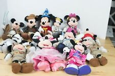 Lot of 14 plush Mickey and Minnie mouse