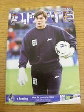24/01/2000 Bristol Rovers v Reading [Auto Windscreens Shield] (Folded, Creased).