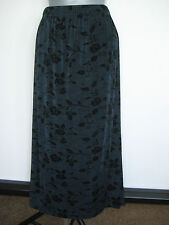 NWT $59 COLDWATER CREEK Women's Dark Gray Floral Print Travel Knit Skirt  PXL