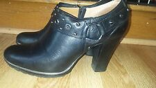 SÖFFT sz 11 studded harness Black leather booties side zipper chunky heels