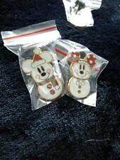 DISNEY Pin 73429: Mickey Mouse and Minnie Mouse as Snowmen free shipping   dp003
