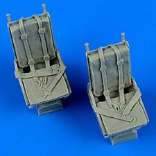 QUICKBOOST 1/48 B25 Mitchell Seats w/Safety Belts QUB48681