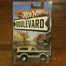 Hot Wheels Boulevard '85 Ford Bronco 4X4