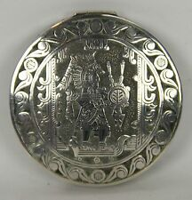 COMPACT IN SILVER. AZTEC MOTIFS. MEXICO. MID-20TH CENTURY.
