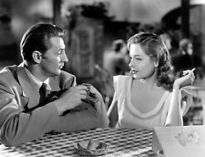 Jane Greer and Robert Mitchum UNSIGNED photo - B2913 - Out of the Past