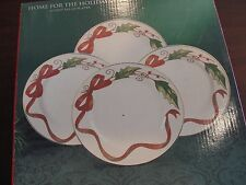 ROYAL LIMITED HOLLY HOLIDAY HOME FOR THE HOLIDAY 12 ACCENT PLATES PLAID 8 3/8""