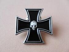 Pin EISERNES KREUZ UND SKULL Totenkopf - 202