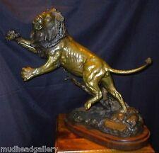 """""""CHALLENGER"""" AFRICAN LION BRONZE DOUG VAN HOWD"""