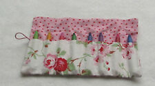 Cath kidston rosali rose crayon/crayon rouleau avec 8 crayons ou crayons-anniversaire