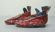 19th C. ANTIQUE CHINESE / JAPANESE SILK EMBROIDERED BOUND FEET SHOES / SLIPPERS
