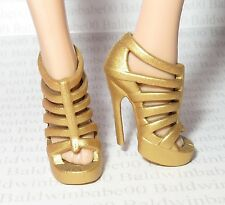 * SHOES ~ BARBIE DOLL MODEL MUSE GOLD BARBIE BASICS SANDALS MATTEL HIGH HEELS