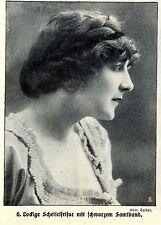 Mode-Frisuren zur Kaiserzeit (Lockiger Scheitel m.Samtband) Histor.Print c.1912