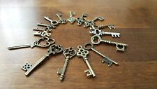16 Antique Vintage Bronze Style Small Key Charms Jewellery Pendant, Decoration
