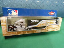 NIB-Collectable FLEER Diecast 2002 1:80 Scale TRACTOR TRAILER Chicago Whitesox