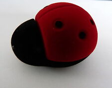 BLACK AND RED LADYBUG (LADYBIRD) VELOUR NOVELTY RING / EARRING BOX