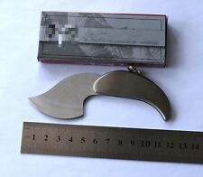 Creative Pocket Folding Knife Foliage Shape Switchblade Keychain Gift Knife