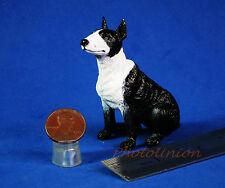 Dog Hund Bull Terrier Figur Statue Modell DIORAMA A527