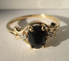 Engagement Ring Gold and Saphire (vantage)