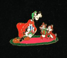 Disney Goofy Chip & Dale 2007 Christmas Present Mystery Pin LE 900