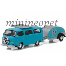 GREENLIGHT 32080 C 1972 VW VOLKSWAGEN TYPE 2 BUS AND TEARDROP TRAILER 1/64 BLUE