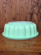 Vintage Tupperware Jello Mold Pastel Minty Green Three Piece Container Excellent