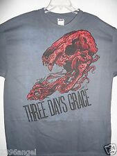 NEW - THREE DAYS GRACE BAND / CONCERT / MUSIC T-SHIRT EXTRA LARGE