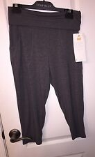 NWT Lucy Activewear Yoga Studio Queen Capris Capri Cropped Gray Pants Women's S