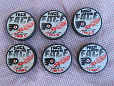Detroit Red Wings 1997 Stanley Cup Finals Face To Face Puck Lot Vs Flyers