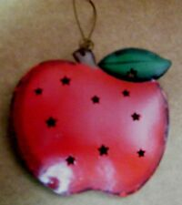 Painted Reversible punched metal country kitchen apple ornament wall decor sign