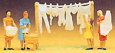 HO Preiser Women Hanging Wash / Laundry (4) FIGURES