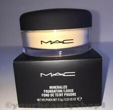 """Mac Mineralize Foundation Loose Powder """"LIGHT"""" NEW IN THE BOX 100% Authenic"""