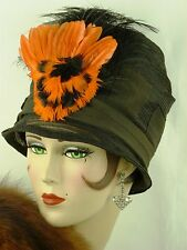 VINTAGE HAT ORIGINAL1920s FRENCH CLOCHE HAT, BLACK SISAL w FABULOUS FEATHER TRIM