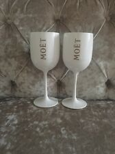 MOET & CHANDON CHAMPAGNE GLASSES X 2
