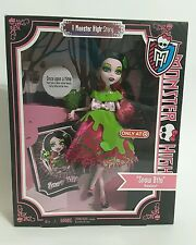 Mattel Monster High 2012 Draculaura Snow Bite Doll Brand New in Box