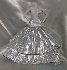 2008 Barbie Holiday Model Muse Pleated Metallic Silver Snowflake Ball Gown Dress