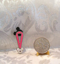 WALT DISNEY HIDDEN MICKEY BREAST CANCER AWARENESS PINK LANYARD TRADING PIN