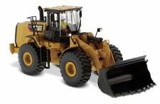 CAT CATERPILLAR 966M WHEEL LOADER W/ OPERATOR 1/50 BY DIECAST MASTERS 85928