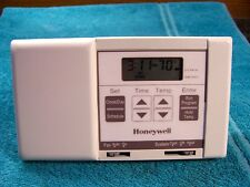 Honeywell CT2800A1009 5-2 day Programable Thermostat CT2800