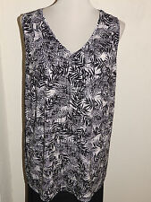 1x Catherines Womens Plus Size Black White Floral Sleeveless Camisole Top NWT