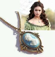 Vintage Retro Elegant Cameo Pendant Necklace Gift Christmas UK