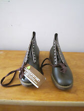 Vintage Outdoorsman leather with cork sole work/sport shoes NOS