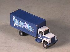 N Scale 2004 Igloo Ice Delivery Truck