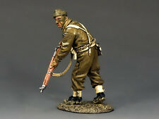 KING AND COUNTRY WW2 British Commando Advancing Rifleman D Day DD197