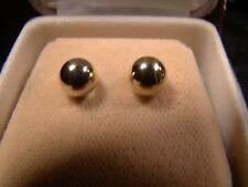 Beautiful 14 K Gold Ball Stud Pierced Earrings